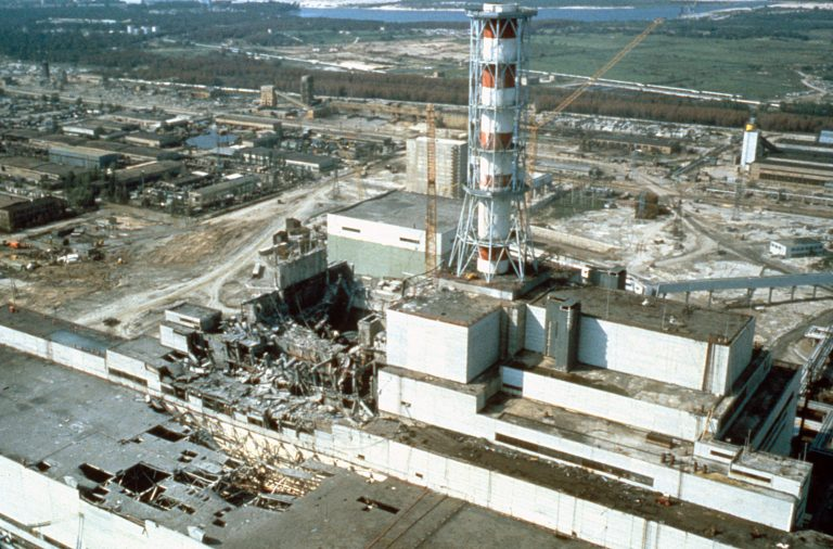 What caused the disaster in Chernobyl in 1986?