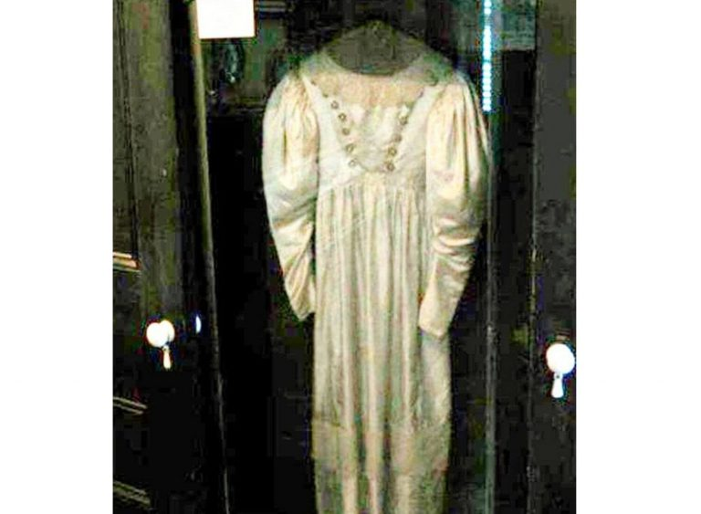 The True Story Behind Anna Baker And Her Haunted Wedding Dress