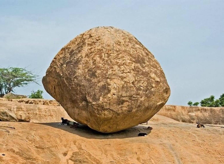 The Mystery Of Mahabalipuram: The Krishna's Butter Ball